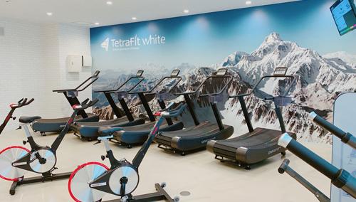 九州初!高地環境フィットネス「TetraFit White福岡大濠公園店」がグランドオープン!